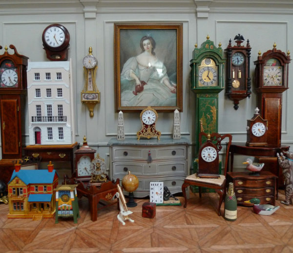 Good The Place To Find A Range Of Dolls House Miniatures In Scales Of 1/12th  1/24th 1/48th And 1/144th, From Working Clocks To Period Furniture And  Other ...
